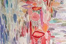 """""""IL SETTE ROSSO"""" - Personale di Maria Caboni / (11 luglio -10 agosto 2014) Nata musicista e poeta, Maria Caboni concentra la sua autonomia espressiva nella forma e nel colore: ha scelto la pittura per liberare intime sensazioni come fossero suoni e metrica. """"Il sette rosso"""" è una larga partitura su cui leggere un forse definitivo astrattismo, concepito in idee ordinate e immagini dolci,armoniche, sorprendenti, accattivanti…"""