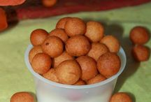 Diwali  Recipes / A collection of easy sweets and savories that you could make for Diwali!