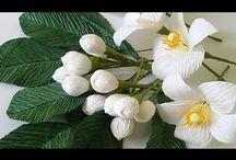Свит-дизайн и цветы из бумаги.