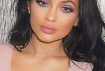 kylie jenner / kylie jenner clothes and makeup