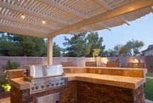 Outdoor Kitchens & BBQ's / Outdoor cooking spaces