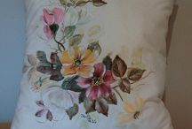 malovaný polštář