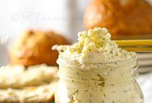 Butter / Garlic Butter