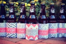 Wedding Party / Find cute ideas to give to your wedding party!