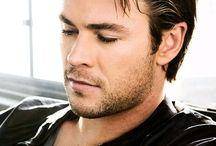 Thor ( Chris )