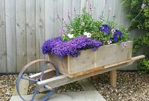 Wheelbarrow planter / Homemade rustic wheelbarrow planter