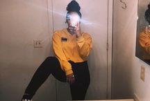 mirror selfies♡
