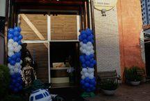 Festa Star Wars / Festa de aniversário em buffet infantil lúdico na Zona Leste de São Paulo. Decoração de mesa temática de Star Wars, saga clássica de filmes! As crianças adoram!