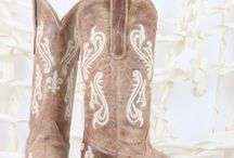 Cowboy boots / by Carly Hibbs