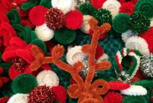 It's a pipe cleaner lady Christmas.... / Spend the Holidays twisting it up with Wendy The Pipe Cleaner Lady....