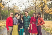 What to Wear for Family Portraits / Coordinating colors, patterns and styles for a fun and complementary Family Portrait Session.