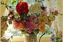 Flower arrangin / Flower arranging