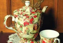 TEAPOT ~ Christmas / by Sue Dewland