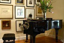 Piano / Placement & Decor