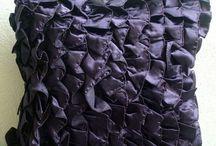 Black Pillows/Cushions