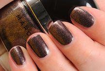 Nails / by Karen Barton
