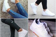 Zapatos & Zapatillas Blancas.