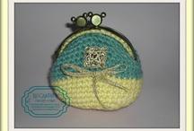 MONEDEROS/BOLSOS / by Rocandson crochet&craft