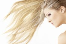 CABELOS COM LUZES- Deixe Seu Cabelo Perfeito / Fazer luzes no cabelo pode ser uma ótima opção para mudar de visual, mas os processos químicos podem deixar os cabelos ressecados e sem brilho.  Um guia completo para quem deseja fazer luzes e mechas nos cabelos.   Confira nossas dicas incríveis para cabelos com luzes.