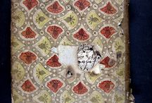 APADRINAT! Sefer Maase tsadikim : hador atem reu sefer... / Aquesta obra publicada a Livorno és un comentari al Tractat Shavuot de la Mishna (Talmud). El seu autor fou rabí de l'aljama de Girona Va arribar a la biblioteca provinent del fons de Josep Maria Millàs Vallicrosa, antic catedràtic d'hebreu a la Universitat de Barcelona. És l'únic exemplar que trobem a l'estat espanyol i sols n'hem localitzat un a la OCLC.