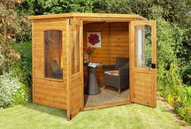 Garden summerhouses / A summerhouse can help you make the most of your garden.