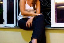Comparsaria por aí / A-do-ra-mos receber e postar fotos de clientes usando nossos sapatos!!! Vai levar seu Comparsa para passear por aí? tire uma foto e envie para gente pelo e-mail comparsaria@comparsaria.com.br! ♥ Se publicar no Instagram use #comparsariaporai ♥