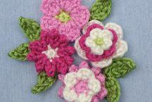 Flowers for trimmings / Crochet
