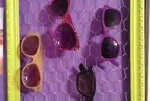 storing eye glasses