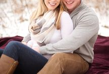 Winter Engagement Clothing / The best clothing to wear to your romantic winter photoshoot.