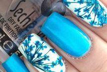 Nails / Shades of blue