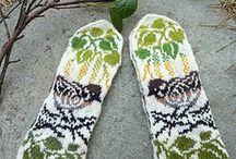 Knitting socks, mittens, gloves, legwarmers, slippers...