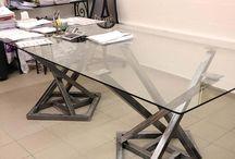 Bureau design en fer et plateau en verre / Bureau design en fer et plateau en verre