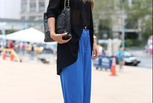 Royal blue flare pants outfit - Look calça flare azul