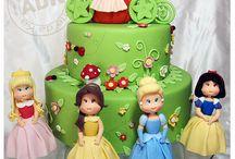 Diznijeve princeze / Uspavana lepotica, Pepeljuga, Zlatokosa, Ariel, Bella, Jasmin...