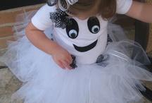 10-Halloween Costumes / by Konae Jackson Hauser