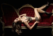 Sofa boudoir photography