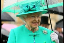 YES, THE QUEEN IS VERY FASHION