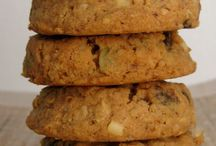 Dessert Cakes Cookies Pies / by Nomadic Texan