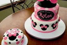 cakes with minnie