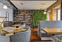Wilcza 50 - Restaurant Cafe Bar / Wilcza 50 to miejsce, gdzie wielkomiejski i elegancki wystrój łączy się z przyjemną, prostą i sezonową kuchnią międzynarodową.