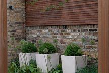 Minimal gardens