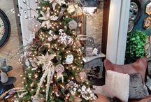 Christmas 2014 / Cozy up and get inspired by some of our favorite décor and project ideas!