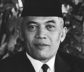 Heroes or icons / Who are historical representing the Netherlands and which objects are typically seen as 'Dutch' and what about the Indonesian heroes and icons.