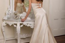 Future Wedding Ideas / by Sarah Laing
