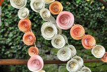 Wedding Vignettes, Garlands and Backdrops / by Sienna Brulee