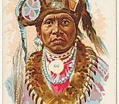 Otoe Chiefs / Les Oto, aussi appelés Otoe, sont un peuple indigène de l'Oklahoma parlant une langue sioux. Avec les Missouris, les Omahas et les Poncas, les Otos faisaient autrefois partie des Ho-Chunk (Winnebagos). Wikipedia