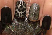 nails / by Rudi Slife