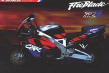 Honda CBR 900 rr sc28