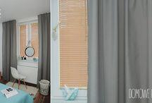 """Wystrój Sypialni - żaluzje drewniane, zasłony, cottonballs / Nasz pomysł na dekorację sypialni. Dodatek pastelowych kolorów i dość nietypowa """"toaletka"""" :) Okna udekorowane żaluzjami drewnianymi, szarymi zasłonami i cottonballami."""