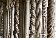 Kloster,  Kyrkor & gravplatser